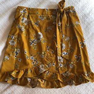 Dresses & Skirts - Yellow floral mini skirt